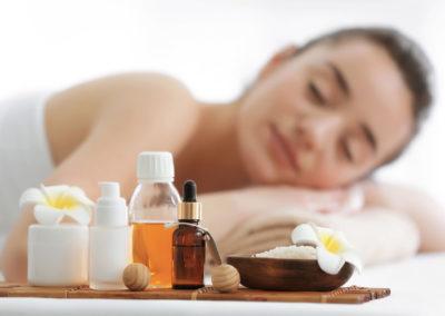 Le massage relaxant aux huiles essentielles