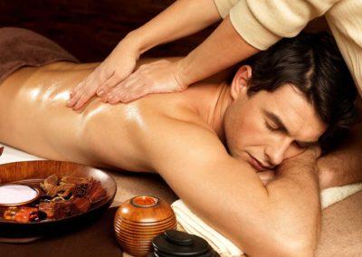 Le massage spécial dos