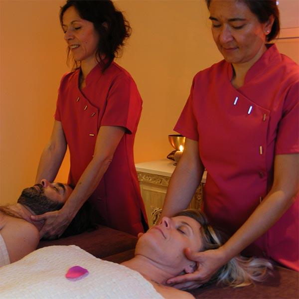 Masseuses pour un massage en duo